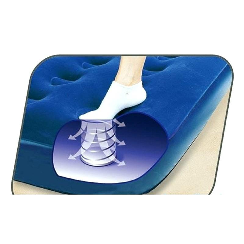 Надувной полуторный матрас с ножным насосом (Bestway 67225)